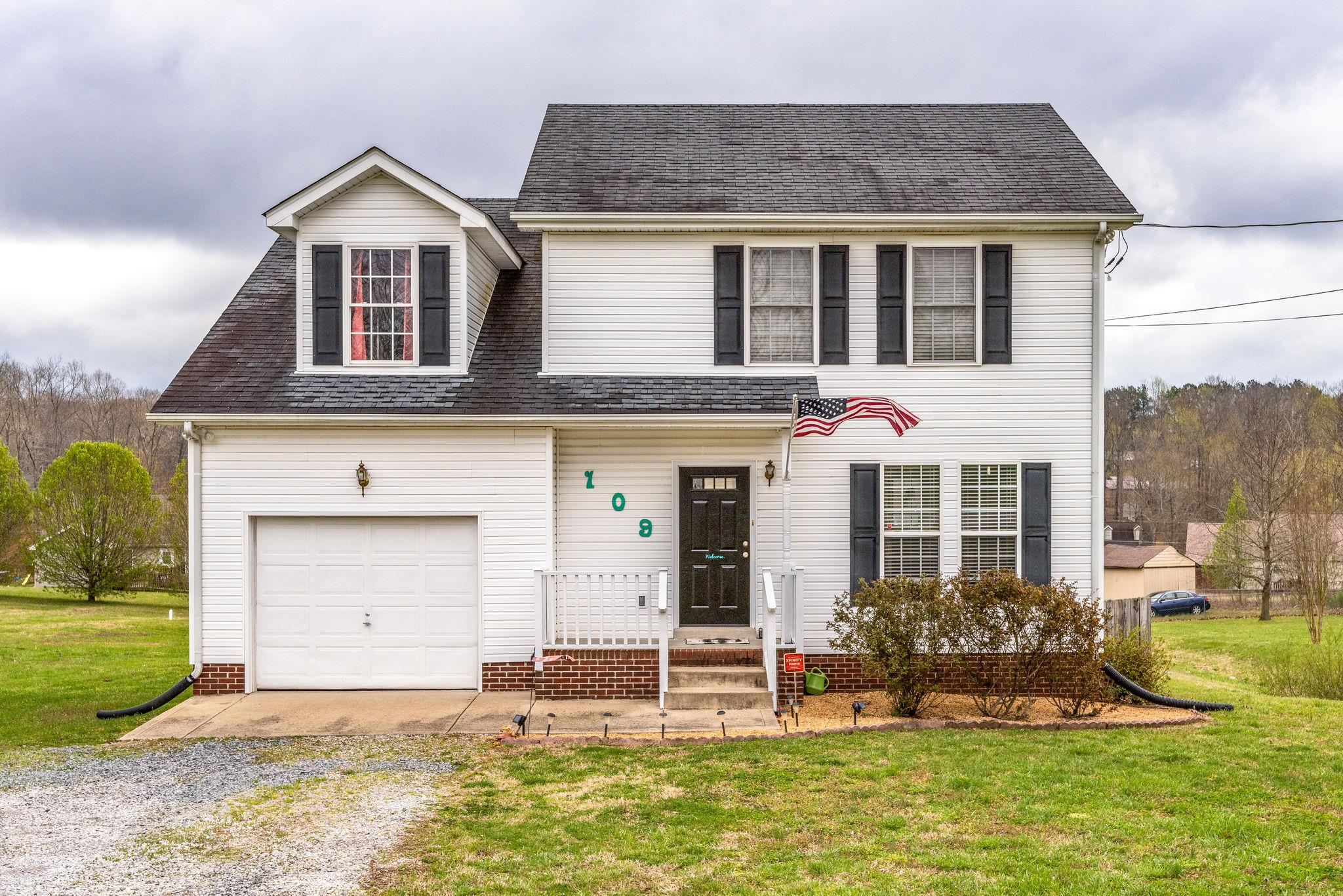 109 Carriage Way