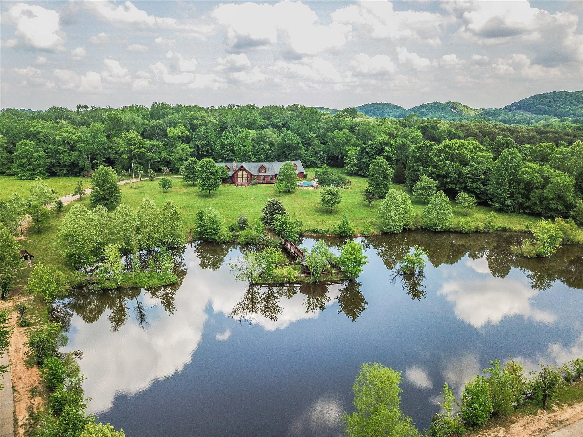 1398 Narrows Of The Harpeth Rd