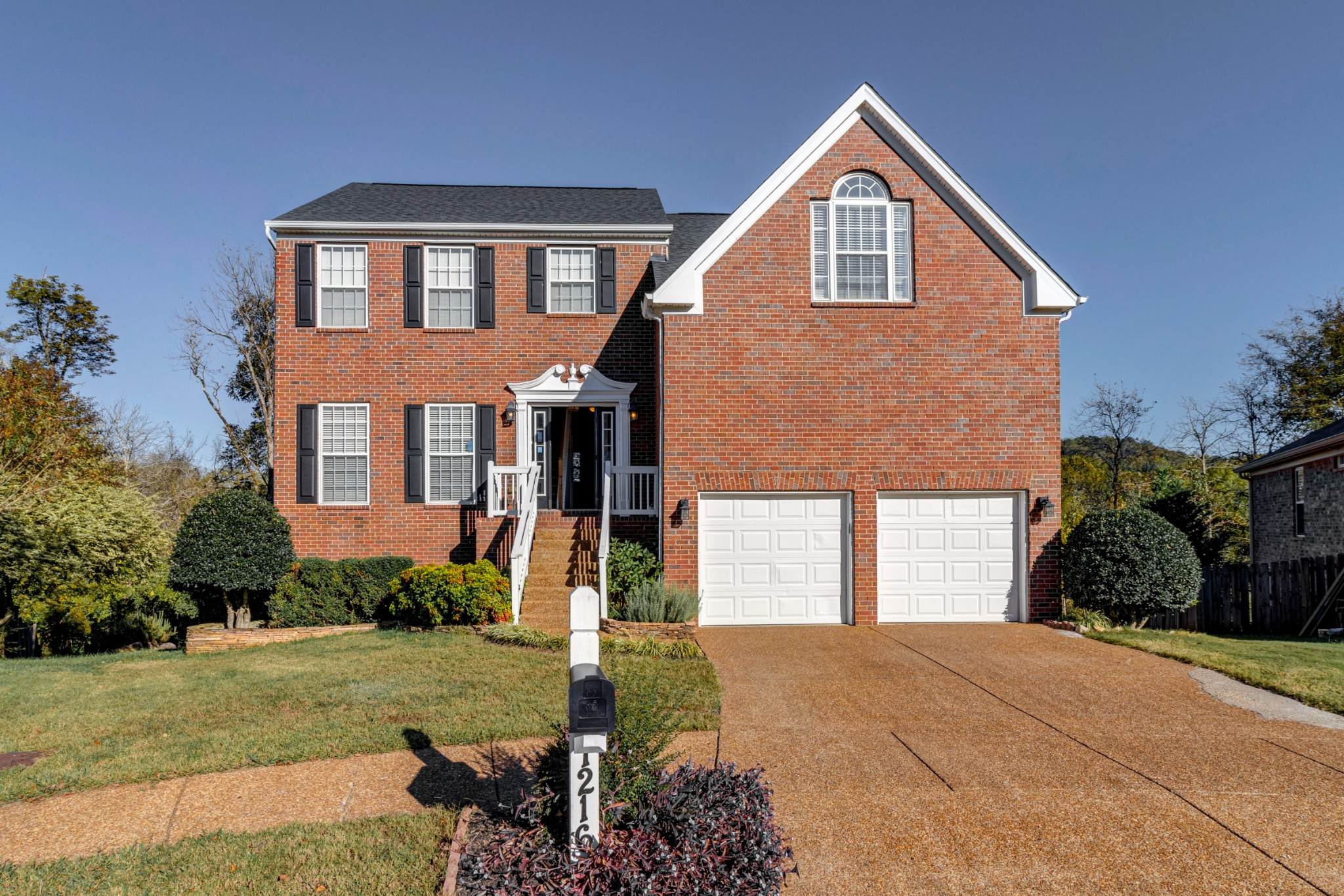 1216 Beautiful Valley Ct
